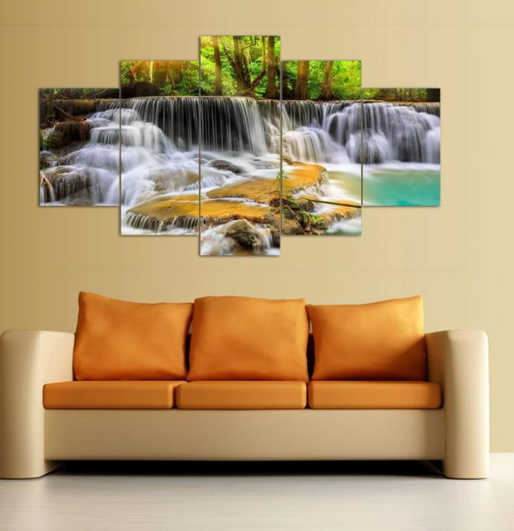 Картина с водопадом