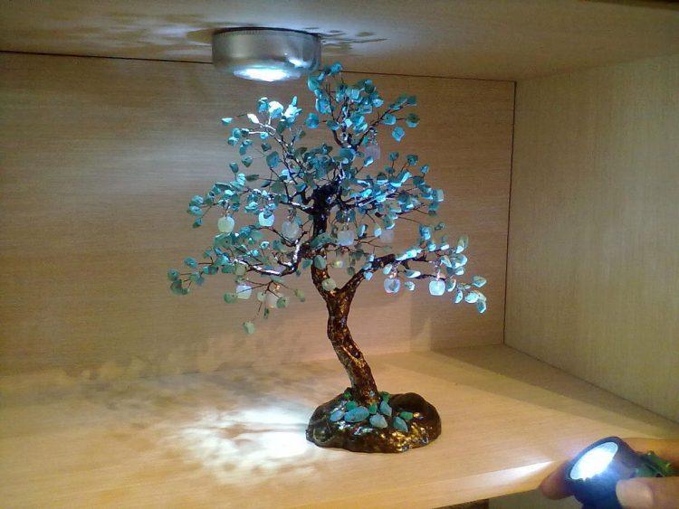 Дерево из изумрудов
