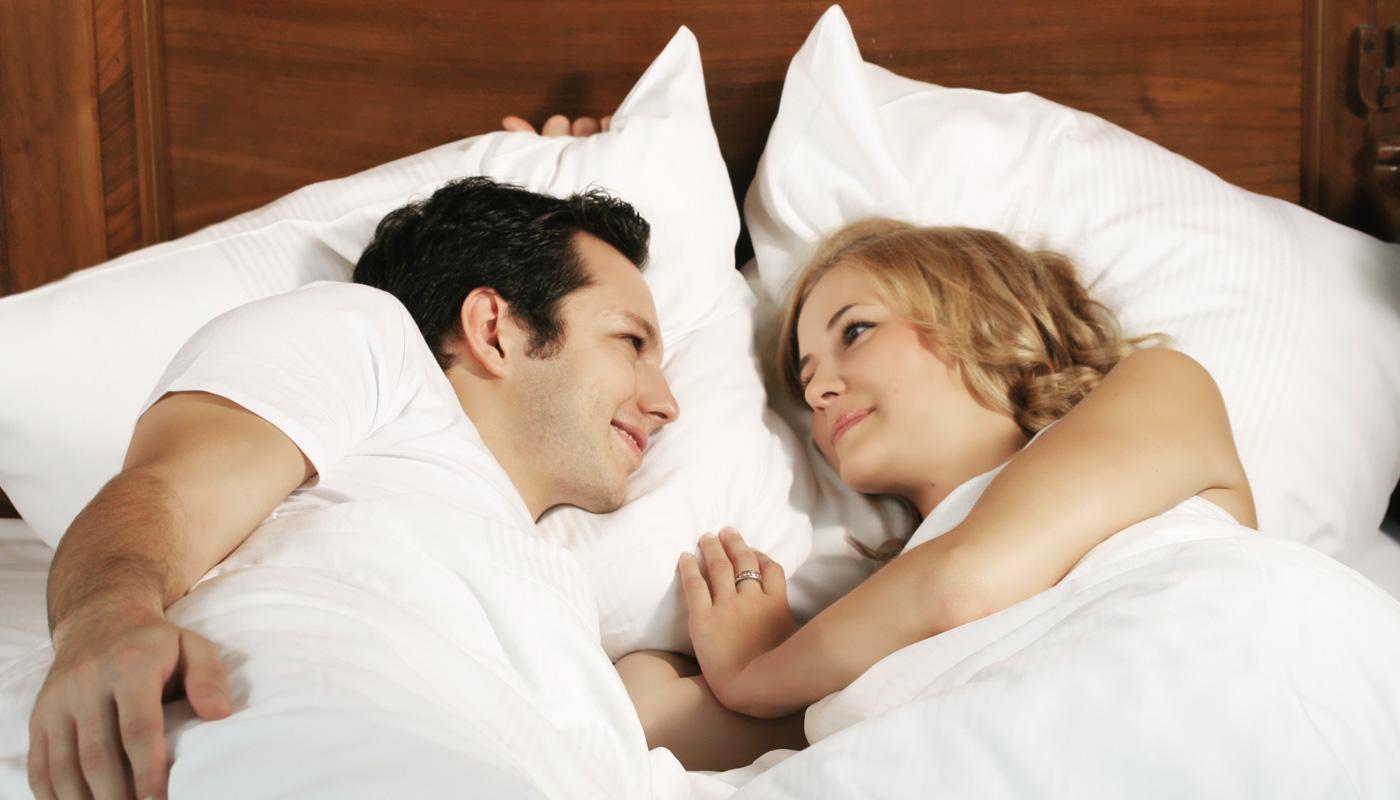 Куда правильно спать головой 🚩 если спать головой на юг 🚩 Здоровье и медицина 🚩 Другое