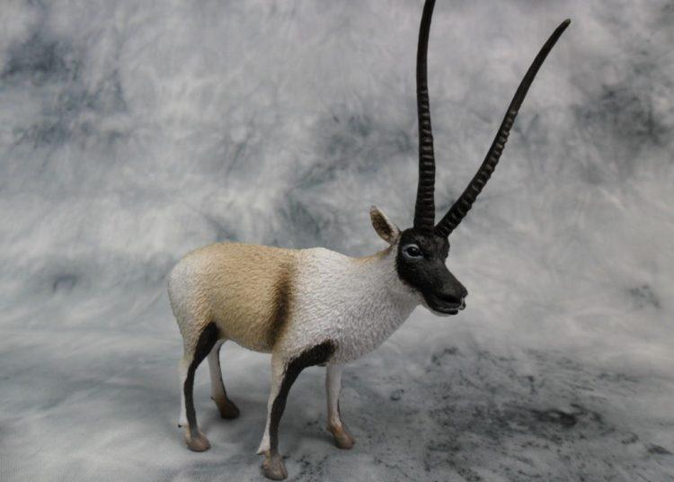 Фигурка антилопы
