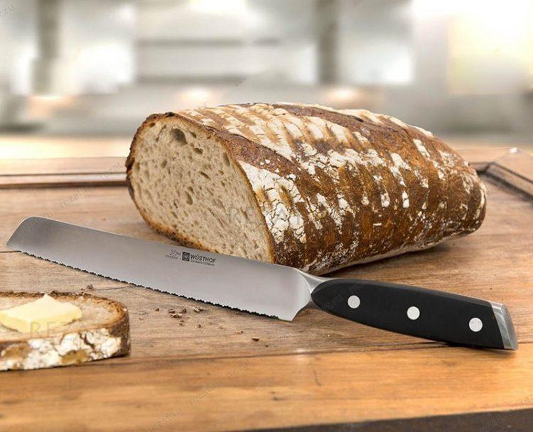 Нарезание хлеба ножом