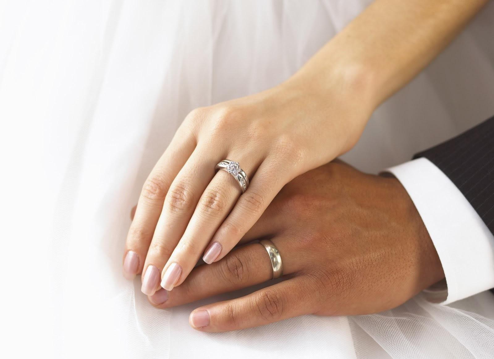 картинки обручального и помолвочного кольца минералке, тесто бутылке